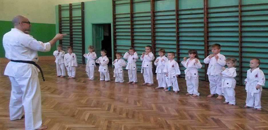 Mikolajek. Pokaz karate
